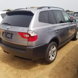 You are currently viewing Acheter BMW X au bénin à Cotonou