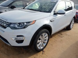 Read more about the article Land Rover Discovery au Bénin, Abidjan
