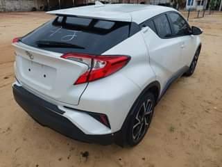 Read more about the article Toyota CHR à Cotonou, Abidjan